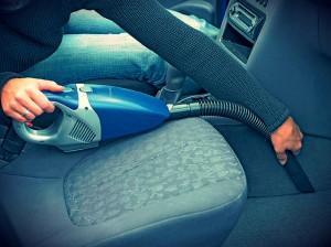 Выбираем автомобильный пылесос - рейтинг автопылесосов, мощный, лучший