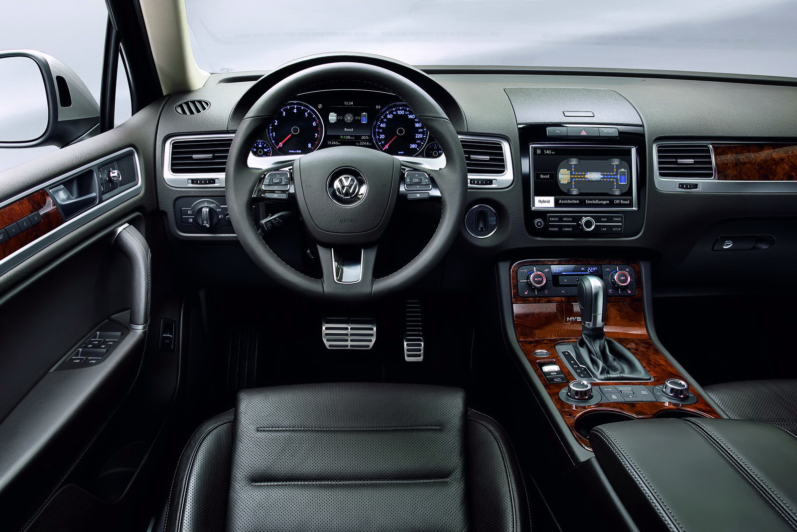 Расход бензина Volkswagen Touareg от DriverNotes