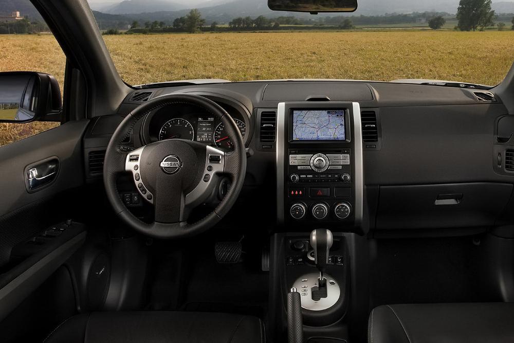 Nissan X-Trail интерьер