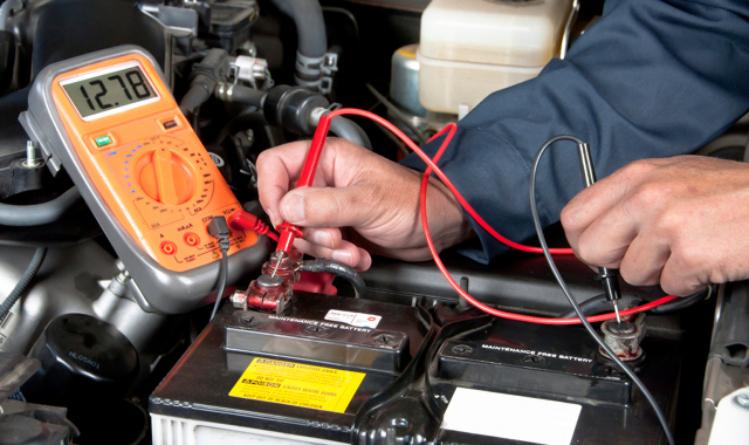Как проверить заряд аккумулятора?