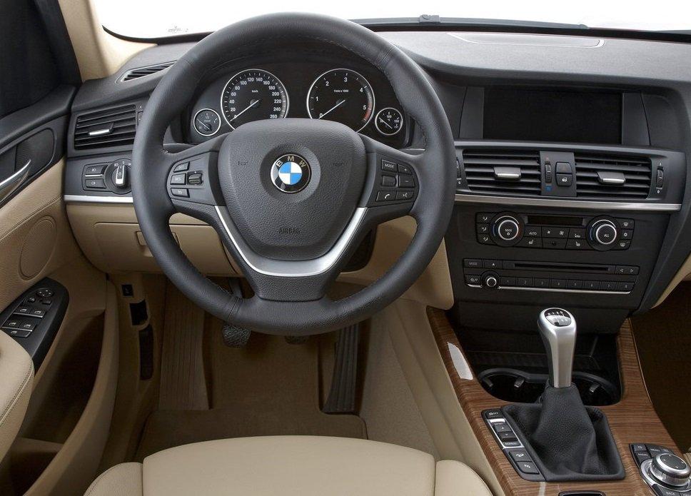 BMW X3 фото интерьер