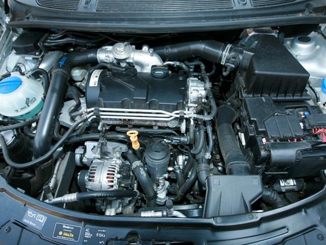 Skoda Fabia фото двигатель