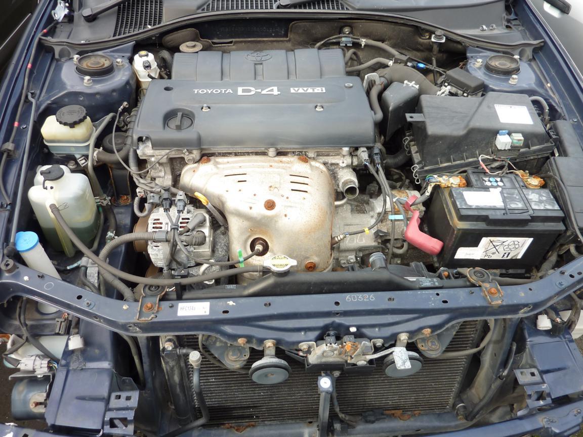 Toyota Avensis 2008 фото двигатель