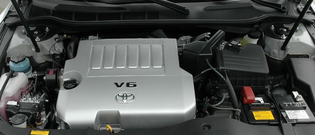 Toyota Camry фото двигатель